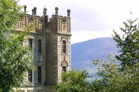 borris house and mountain